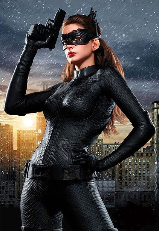 batman-anne-hathaway-catwoman